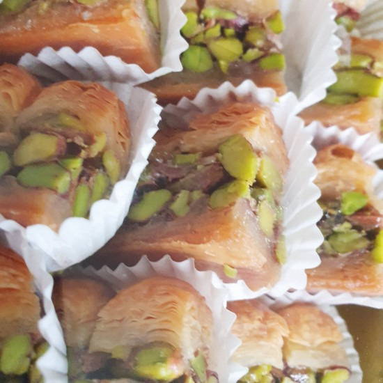 Turkish sweets, Luxury Asyeh Pistachio delight 390 gr